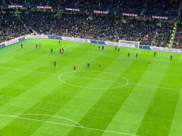 Tottenham Hotspur Stadium, secção: 323, fila: 62, lugar: 157