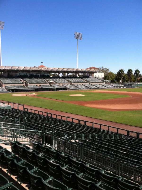 Ed Smith Stadium, secção: 203, fila: 7, lugar: 12
