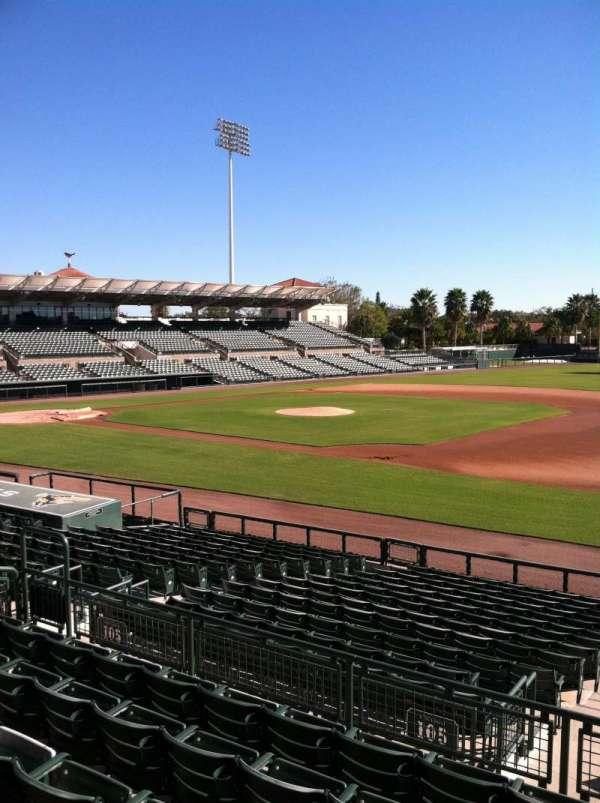 Ed Smith Stadium, secção: 205, fila: 7, lugar: 12