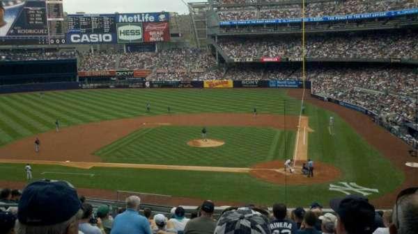 Yankee Stadium, secção: 222, fila: 13, lugar: 9