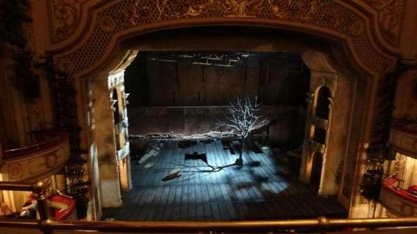Cort Theatre, secção: Balcony C, fila: B, lugar: 102
