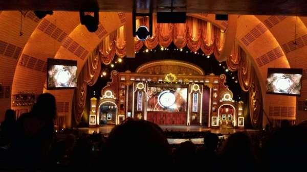 Radio City Music Hall, secção: 1st Mezzanine 5, fila: H, lugar: 508
