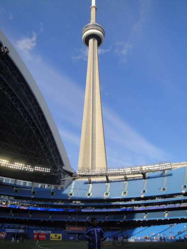 Rogers Centre, secção: 129L, fila: 1, lugar: 103