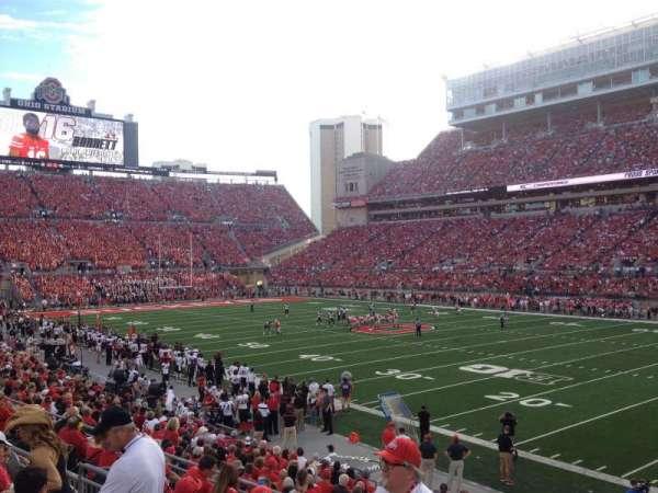 Ohio Stadium, secção: 14A, fila: 5, lugar: 17