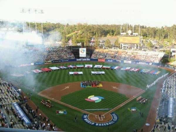Dodger Stadium, secção: 3TD, fila: B, lugar: 10