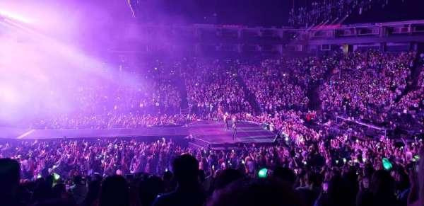 Oakland Arena, secção: 115, fila: 17, lugar: 4