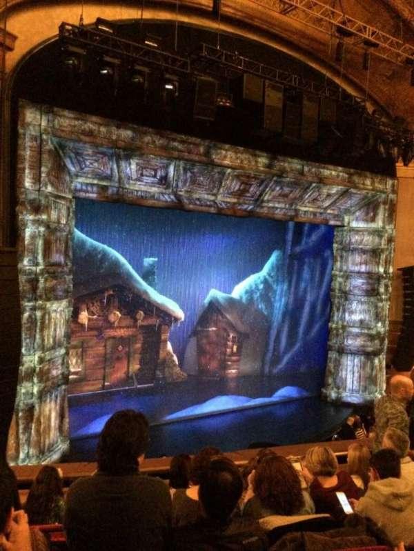St. James Theatre, secção: Mezzanine L, fila: F, lugar: 17