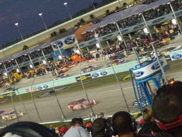 Homestead-Miami Speedway, secção: 225, fila: 15, lugar: 7
