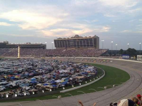 Atlanta Motor Speedway, secção: Elliot Grandstand 53, fila: 21, lugar: 1
