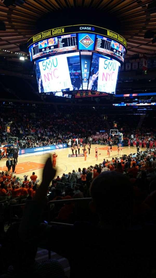 Madison Square Garden, secção: 114, fila: 13, lugar: 20
