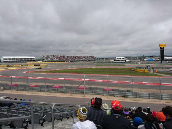 Circuit of the Americas, secção: Turn 15 - Section 14, fila: 17