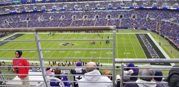 M&T Bank Stadium, secção: 551, fila: 5, lugar: 15