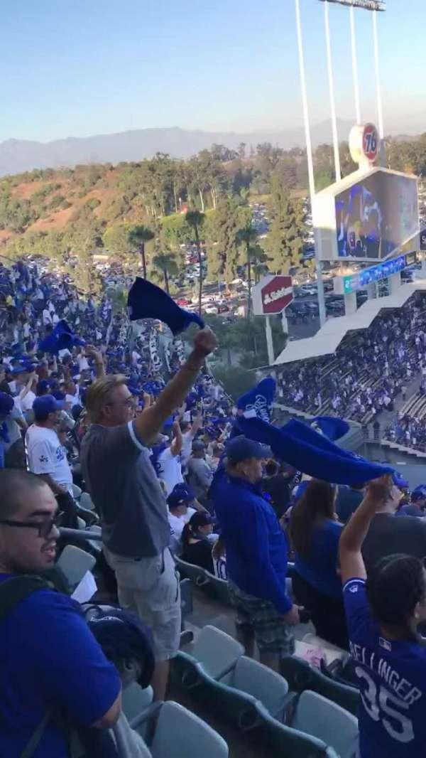 Dodger Stadium, secção: 45RS, fila: AA, lugar: 3