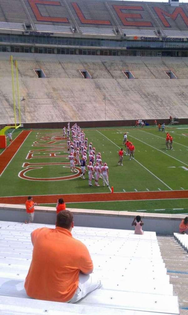 Memorial Stadium, Clemson, secção: L, fila: W, lugar: 4