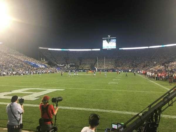 LaVell Edwards Stadium, secção: 24, fila: 1, lugar: 10