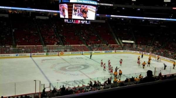 PNC Arena, secção: 106, fila: YY