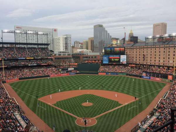 Oriole Park at Camden Yards, secção: 336, fila: 10