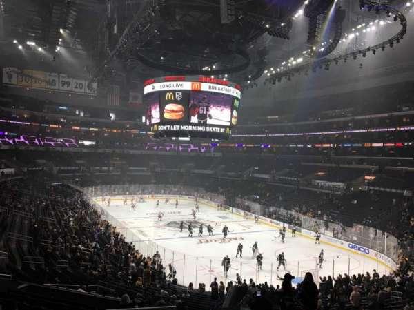 Staples Center, secção: 209, fila: 12, lugar: 22