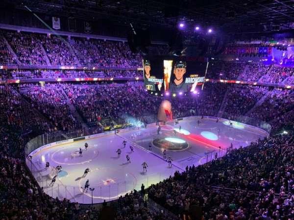 T-Mobile Arena, secção: 219, fila: D