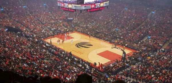 Scotiabank Arena, secção: 318, fila: 11, lugar: 17