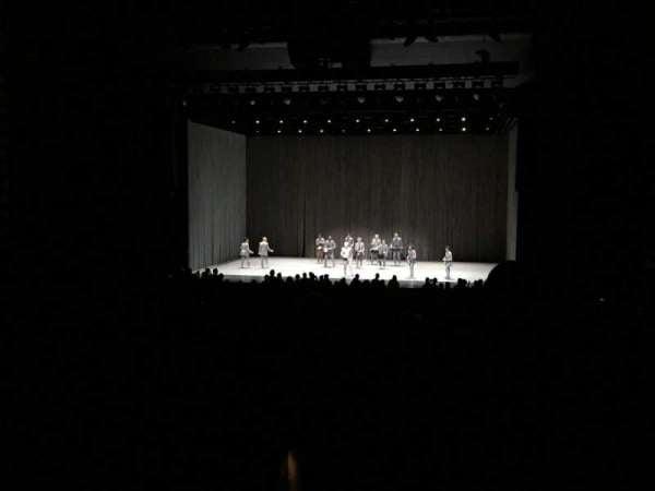 Sony Centre For The Performing Arts, secção: Orchestra 4, fila: Z, lugar: 61