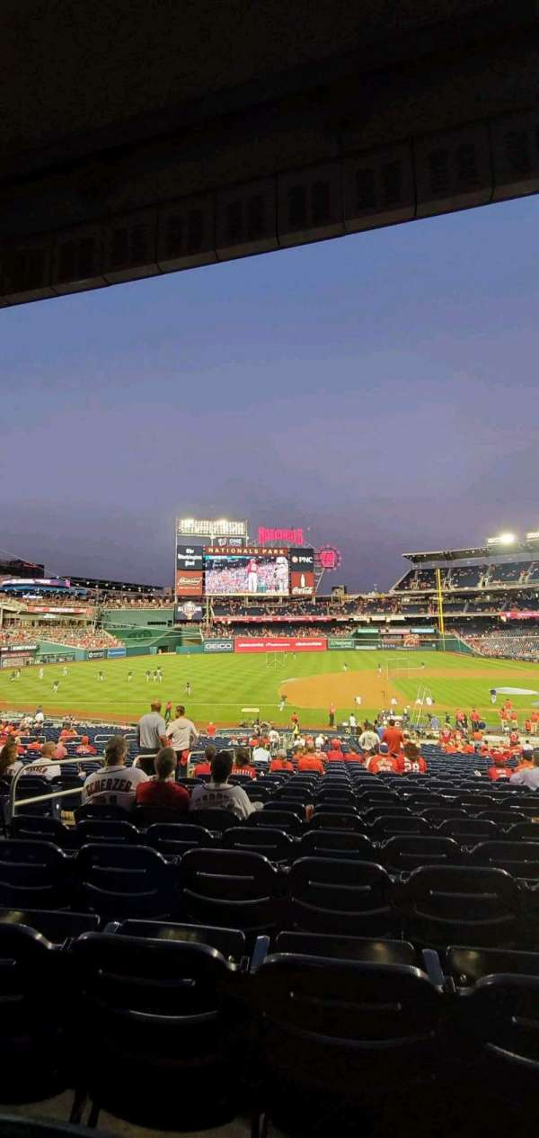 Nationals Park, secção: 114, fila: UU, lugar: 14