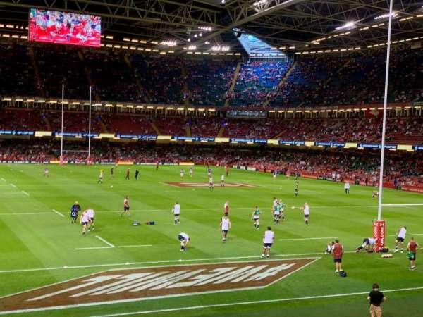 Principality Stadium, secção: N4, fila: 2, lugar: 4