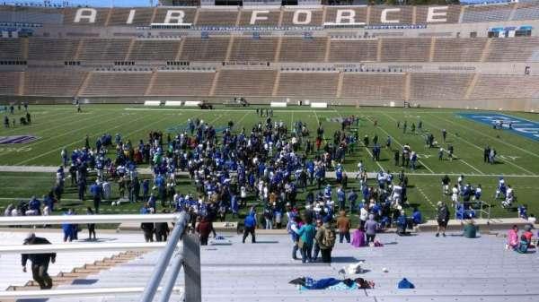 Falcon Stadium, secção: M21, fila: B, lugar: 2