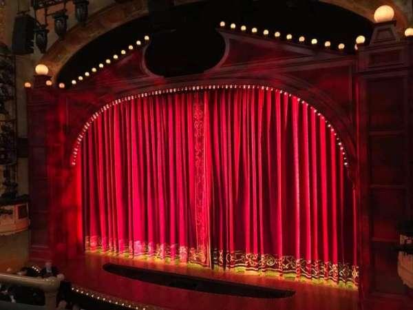 Sam S Shubert Theatre, secção: Right Mezz, fila: C, lugar: 8