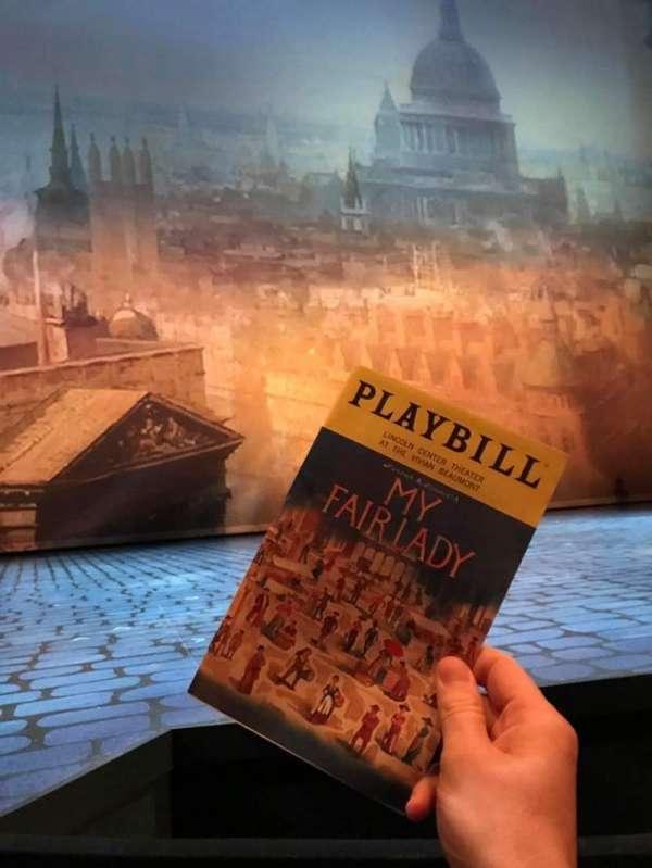Vivian Beaumont Theater, secção: Orchestra LC, fila: B, lugar: 202