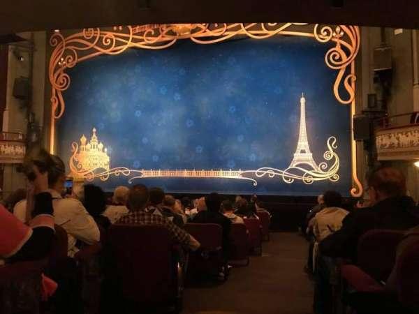 Broadhurst Theatre, secção: Orchestra L, fila: P, lugar: 2