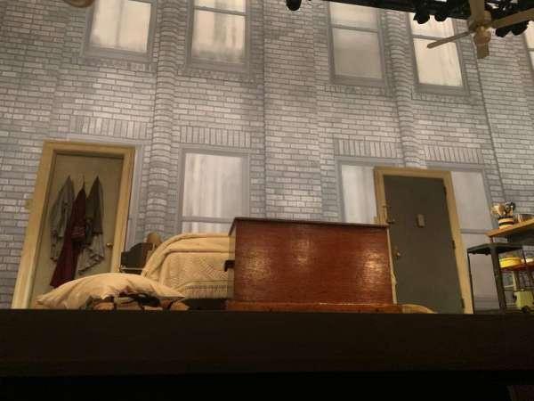 Broadhurst Theatre, secção: Orchestra C, fila: AA, lugar: 104