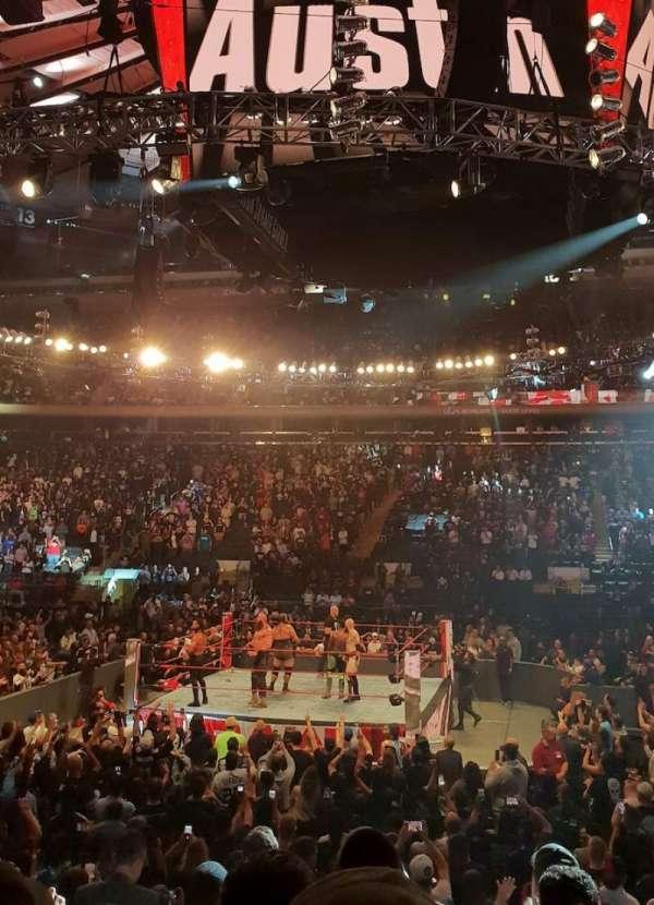 Madison Square Garden, secção: 107, fila: 8, lugar: 17