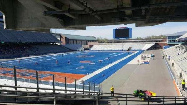 Albertsons Stadium, secção: 29, fila: V, lugar: 7