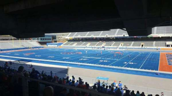 Albertsons Stadium, secção: 6, fila: W, lugar: 5