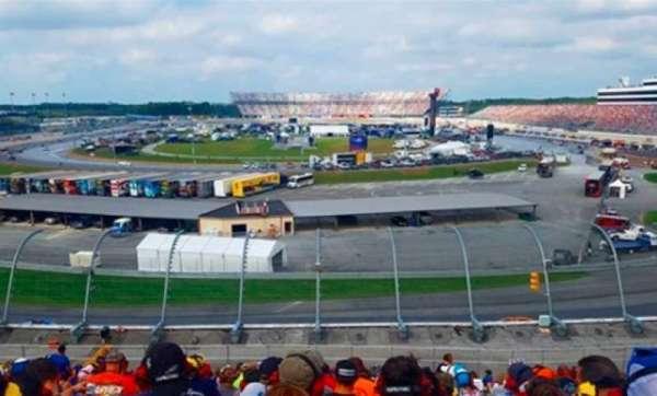 Dover International Speedway, secção: 140, fila: 35