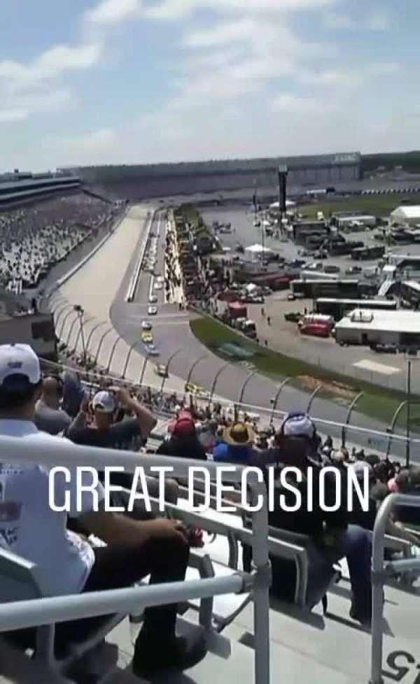 Dover International Speedway, secção: 223, fila: 48, lugar: 1
