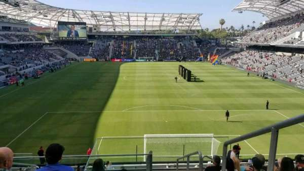 Banc of California Stadium, secção: 223, fila: H, lugar: 1