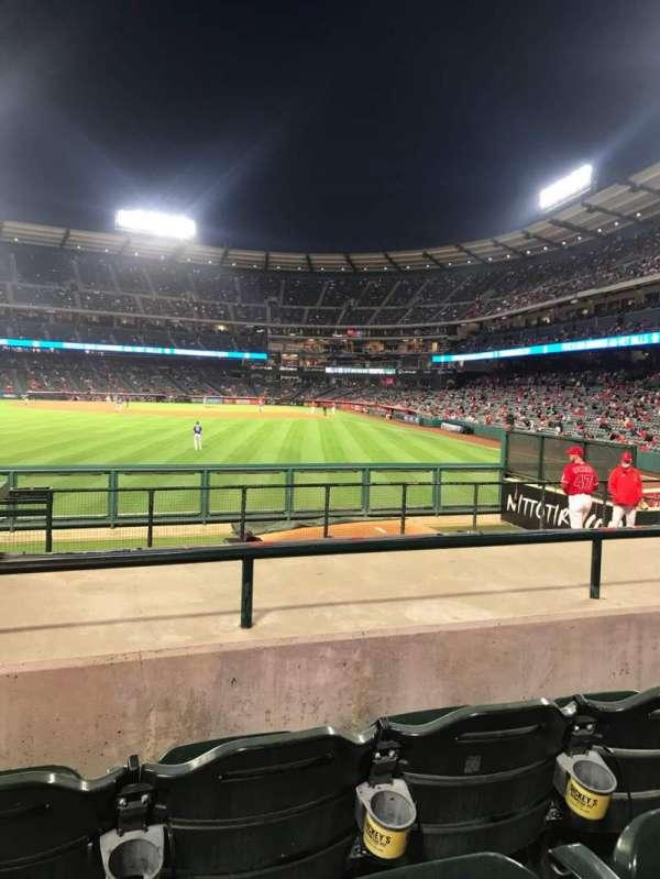 Angel Stadium, secção: P259, fila: J, lugar: 2