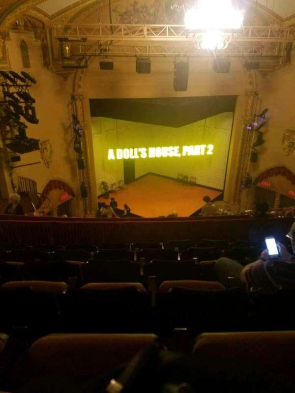 John Golden Theatre, secção: rear mezz, fila: f, lugar: 113