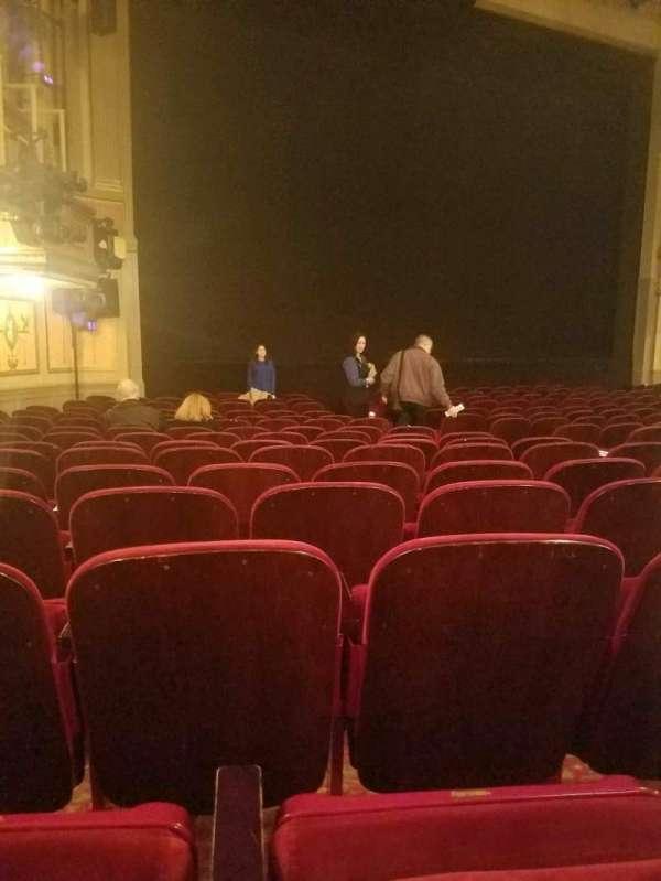 Neil Simon Theatre, secção: Orchestra L, fila: o, lugar: 15