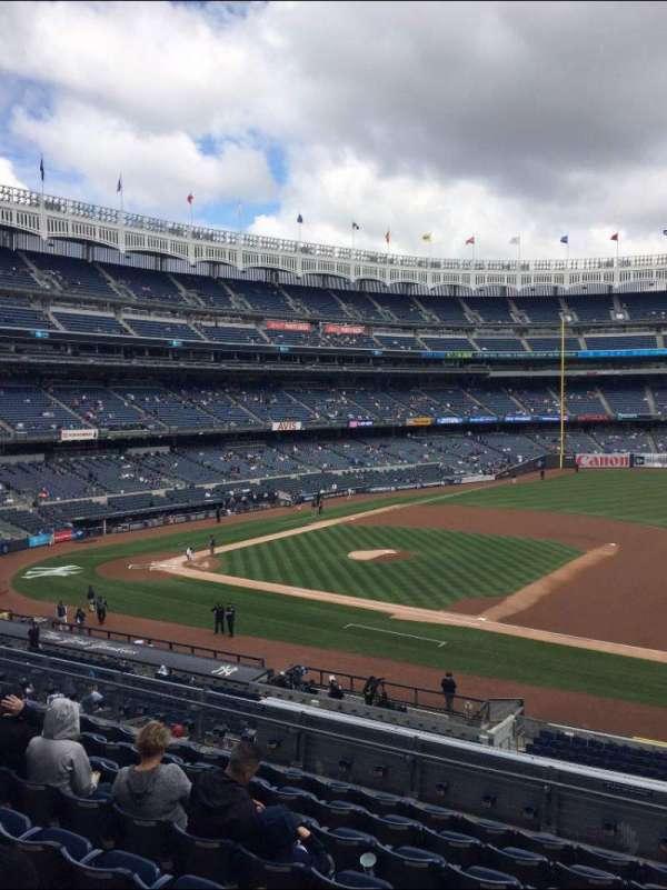 Yankee Stadium, secção: 214A, fila: 14, lugar: 5
