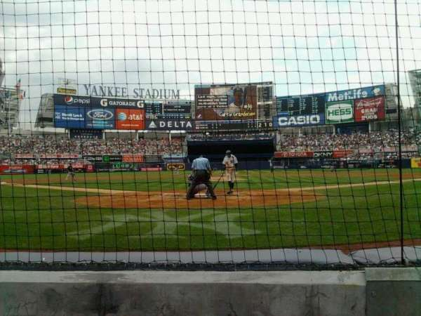 Yankee Stadium, secção: 020, fila: 2, lugar: 3