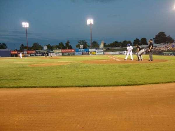 Cashman Field, secção: A, fila: 2, lugar: 5