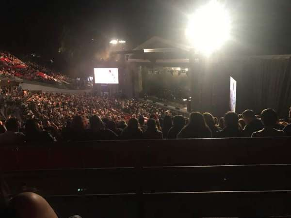 The Greek Theatre, secção: South Terrace, fila: M, lugar: 46