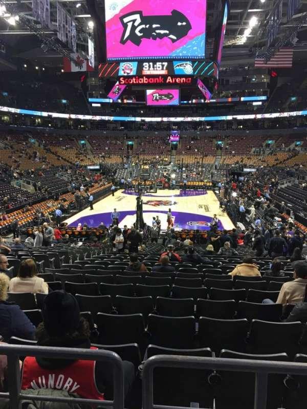 Scotiabank Arena, secção: 102, fila: 18, lugar: 14