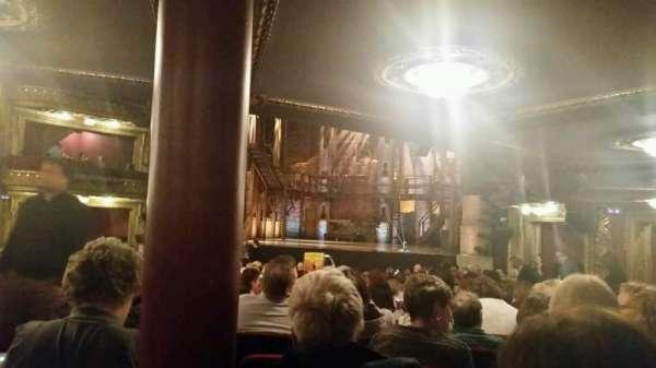 CIBC Theatre, secção: Orchestra R, fila: W, lugar: 4