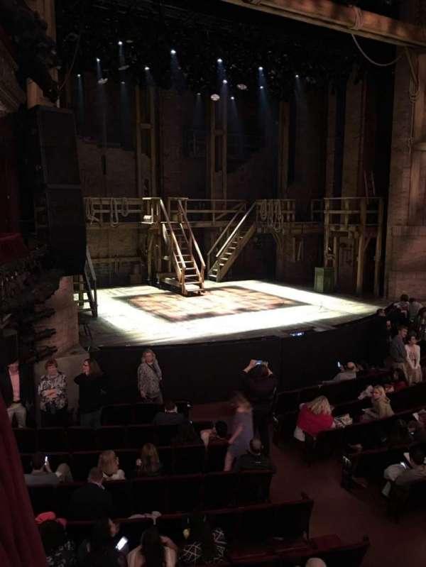 CIBC Theatre, secção: Dress Circle Box 1, fila: BX1, lugar: 207