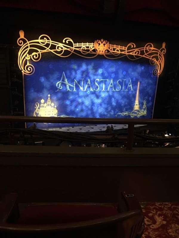 Golden Gate Theatre, secção: Loge, fila: B, lugar: 1