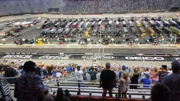 Bristol Motor Speedway, secção: Allison Terrace G, fila: 7, lugar: 13